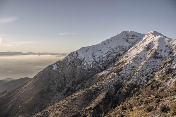 Cerro Blanco desde portezuelo con cerro Loma Blanca