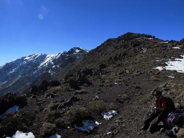 Vista desde el filo hacia la cumbre